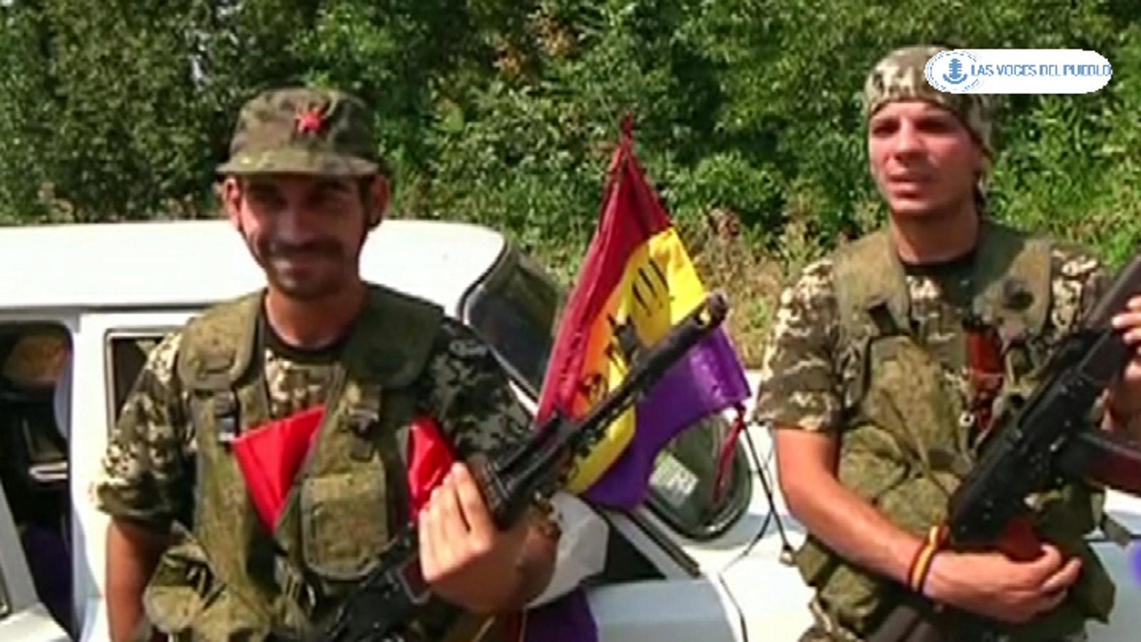 Dos españoles republicanos combatiendo con separatistas prorusos ucranianos contra el Gobierno de Kiev (2).Movie_Instantánea