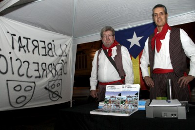 Jaume Sastre I Font líder del Lobby per L'Indepencia y Palau en una carpa ante el TSJB el 29/12/10, plaza Mercat de Palma