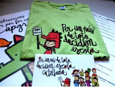 camiseta verde que vende Som Escola en su página para la manifestación y panfleto de su propaganda