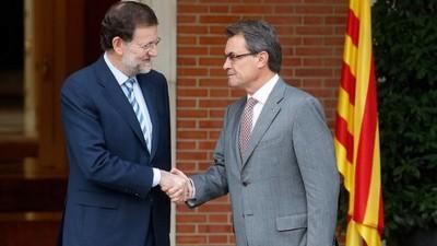 foto archivo, encuentro Mas y Rajoy en Moncloa , Madrid