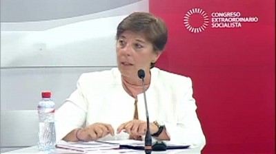 Carmen de Riego, presidenta de la Asociación de Prensa de Madrid,  moderadora del debate