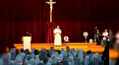 Papa Francisco en encuentro con religiosas / Foto: Alan Holdren (ACI Prensa)